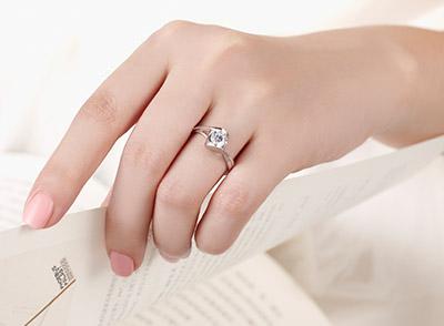 怎样挑选钻石女戒