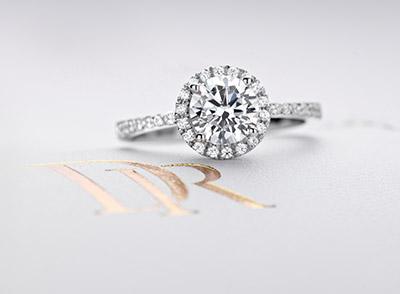 60克拉钻石多少钱