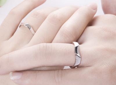 结婚戒指选什么好