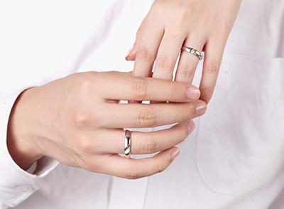 结婚要带什么戒指?