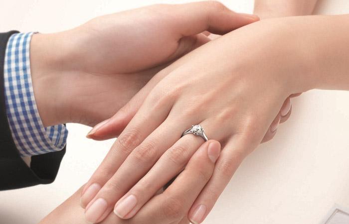 订婚戒指挑选攻略